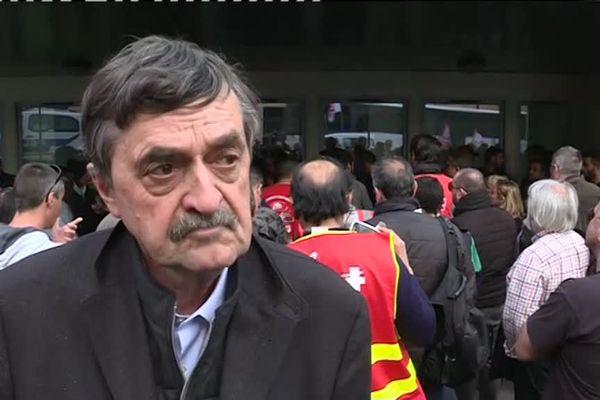 Me Philippe VOULAND défend les intérêts des 3 militants CGT.