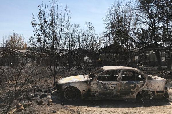 Plusieurs voitures ont été endommagées lors de l'incendie de Grabels, dans l'Hérault - 7 septembre 2017