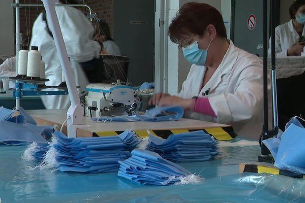 L'équipementier automobile Valeo fabrique, durant 6 semaines, des masques pour cette crise sanitaire