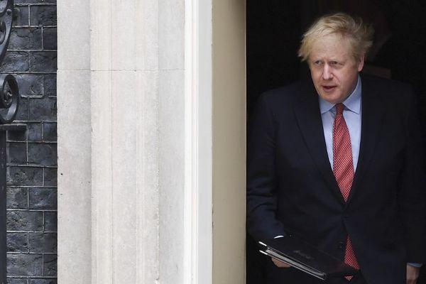 Boris Johnson a repris ce lundi matin les commandes du gouvernement britannique.