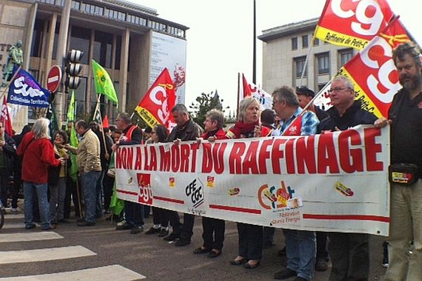 Départ du défilé du 1er mai 2013 à  Rouen