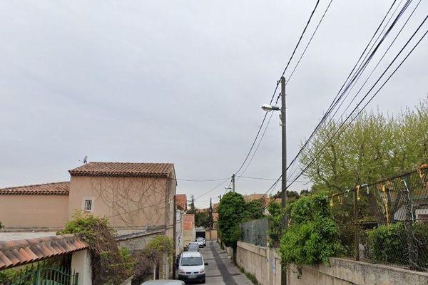 La course-poursuite a conduit à une macabre découverte dans le quartier de Verduron dans le 15e arrondissement de Marseille.