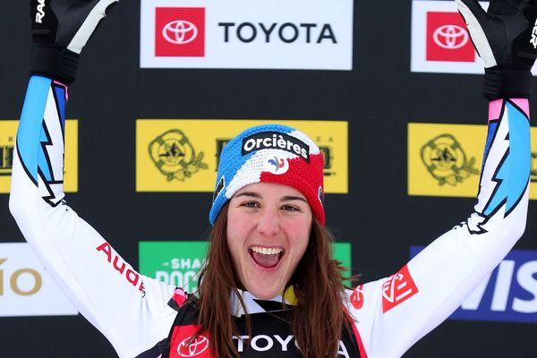 Alizée Baron, skieuse d'Orcières-Merlette a obtenu la médaille de bronze aux mondiaux de skicross aux Etats-Unis.