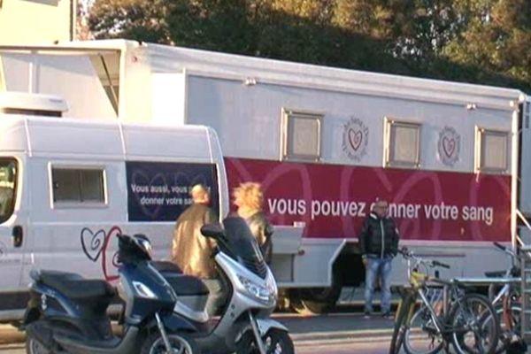 A Montpellier comme dans les 22 départements touchés par le moustique tigre, vous pouvez donner votre sang sans restriction particulière.