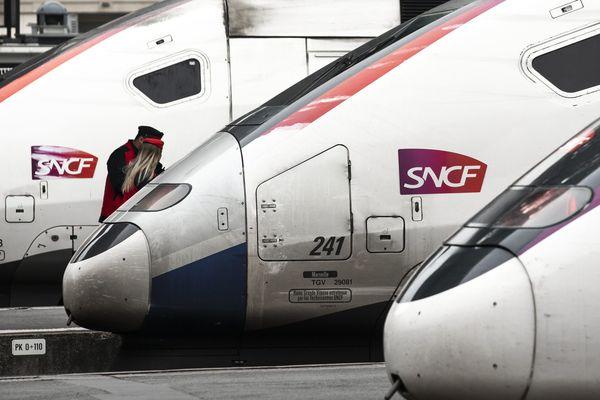 """La SNCF s'attend à un trafic """"très fortement perturbé"""" ce lundi 9 décembre. Photo d'illustration"""