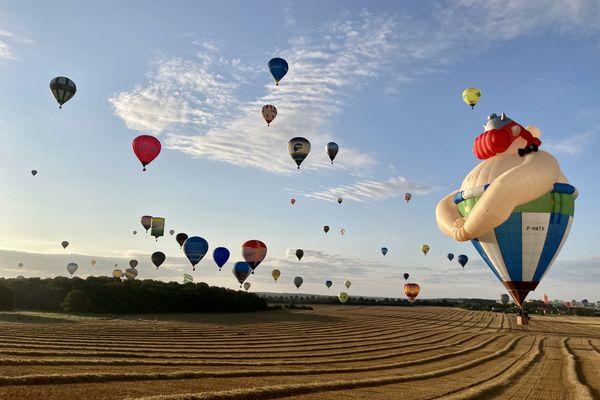 Vue depuis une montgolfière lors d'un vol à l'occasion du Mondial Air Ballons 2021