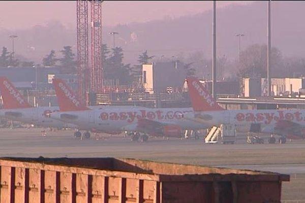 EasyJet : les avions de la compagnie cloués au sol à Lyon Saint-Exupéry - 1er janvier 2015