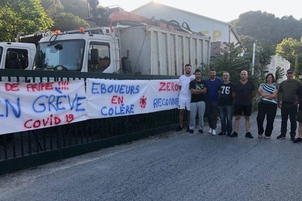 Les éboueurs du Pays des Paillons sont en grève depuis le 17 juin.