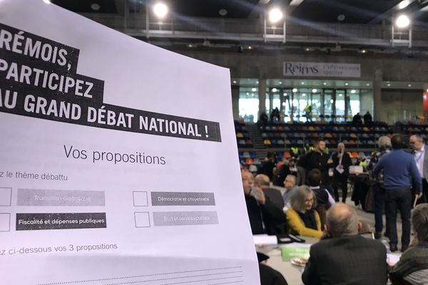 Preuve de l'implication des citoyens dans le grand débat national, le complexe René-Tys de Reims a rassemblé plus de 300 personnes dès 8h30 ce samedi 2 février.