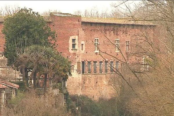 Le château de Bioule est un joyau médiéval très bien conservé.