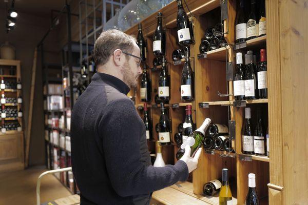 Gauthier Maire des Domaines de Nancy. Comme de nombreux viticulteurs lui aussi s'inquiète de cette crise.