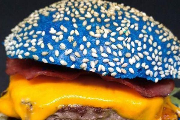 Un bar à Nîmes propose un burger aux couleurs du MHSC juste avant le derby - 29 janvier 2019