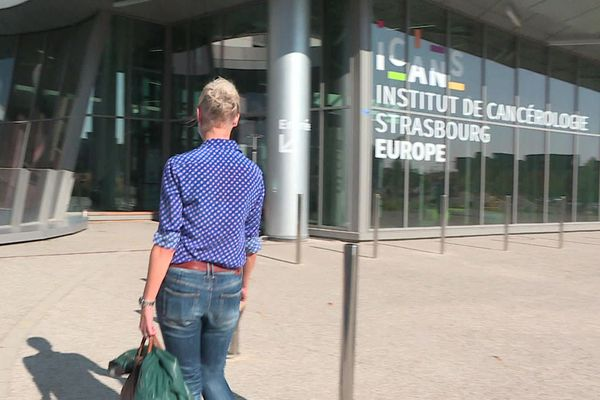 Valérie se rend à l'institut de cancérologie de Strasbourg