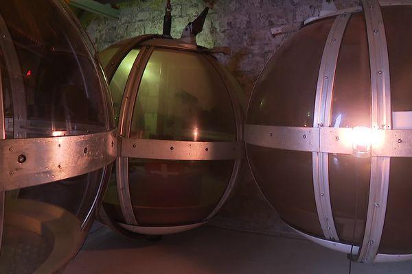 Les bulles non utilisées sont stockées dans un vestibule.