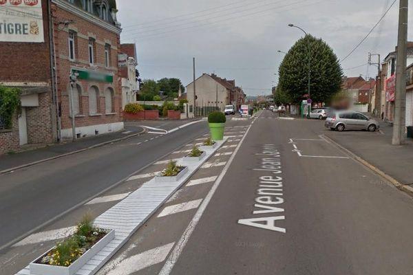 """L'""""arracheur de culottes"""" a fait au moins deux victimes dans l'avenue Jean Jaurès à Liévin, chaque fois aux alentours de 5 heures du matin."""