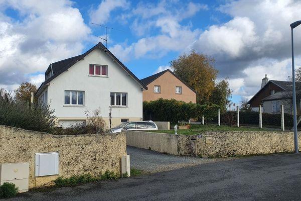 L'ancienne maison familiale de Michel Fourniret à Ville-sur-Lumes: elle appartenait à sa défunte soeur et aurait servi à séquestrer Estelle Mouzin.