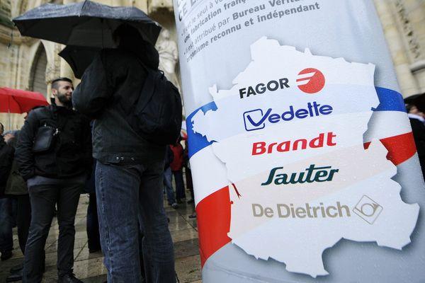 Rassemblement des salariés de FagorBrandt à Orléans le 08 novembre 2013