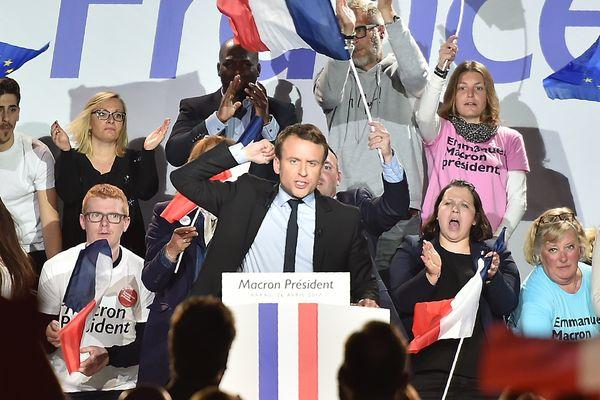 Emmanuel Macron  en meeting à Arras ce mercredi