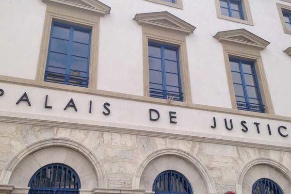 Les adolescents ont été entendus, à Valence, par un juge pour enfants.