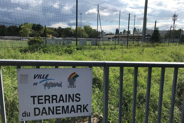 Le stade du Danemark, au nord de Tours.
