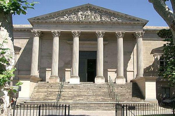 Carcassonne - le palais de justice - archives