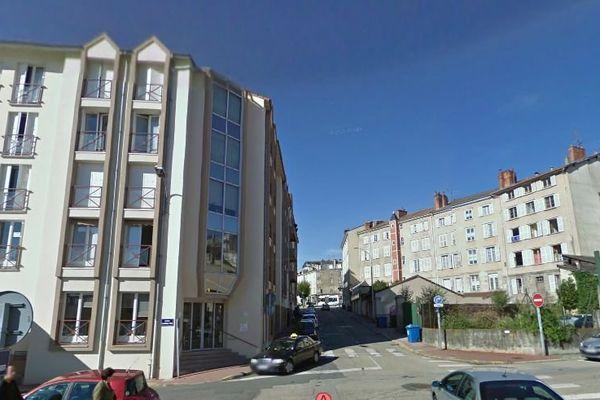 L'agression s'est produite place du Forum à Limoges ( près de la rue de Charseix)