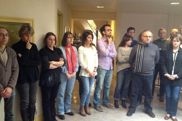France 3 Franche-Comté : personnel administratif, techniciens et journalistes observent une minute de silence