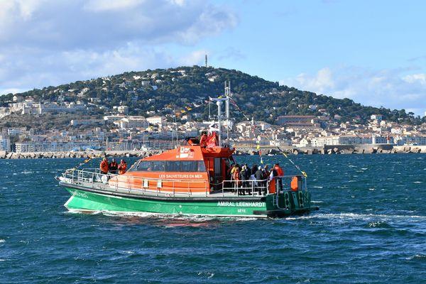 """La SNSM de Sète a reçu son nouveau bateau en novembre 2017. Long de 18 mètres, ce canot de sauvetage """"tous temps"""" est le plus gros bâtiment de la flotte des sauveteurs sur notre littoral."""