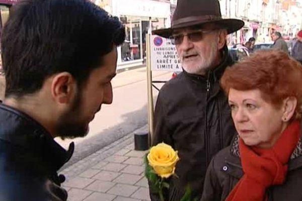 Une rose contre les amalgames et pour plus de dialogue