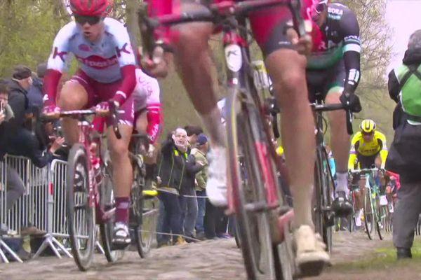 Paris-Roubaix reporté : 5 bonnes raisons de revivre l'enfer du Nord en images