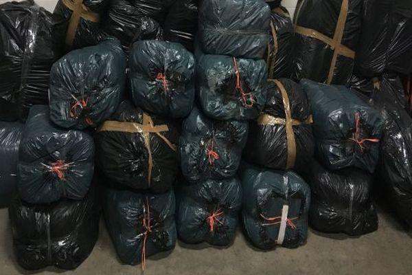 Les douaniers du Perthus ont saisi 348 kilos d'herbe de cannabis le 12 août 2019