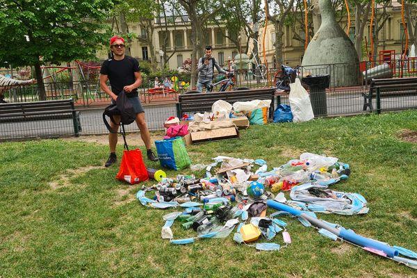 Clément Chapel a récolté plus de 50 kg de déchets au centre ville de Montpellier - 25/04/2021