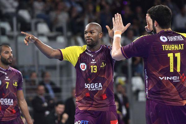 La joie des joueurs de Nantes Rock Feliho (à gauche) et Nicolas Tournat.