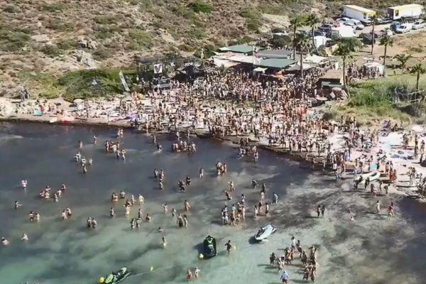 Capture d'écran vidéo promo de la Villa Schweppes, Calvi On The Rocks 2017