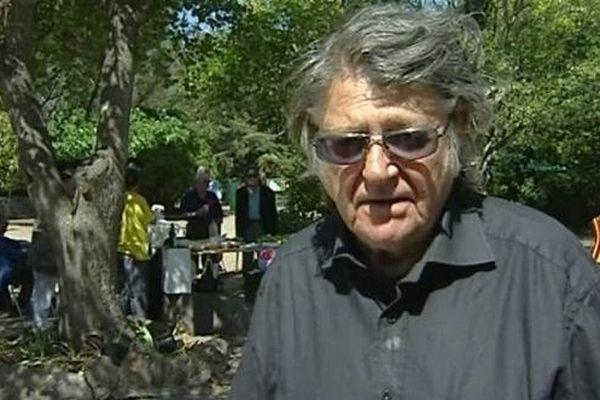 Jean-Pierre Mocky à Agde, pour le tournage de son film Le Bénévole, en 2005.