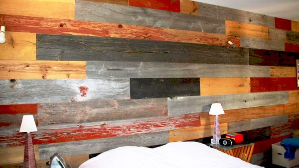 En variant les textures et les couleurs, il est possible de fabriquer des meubles et des revêtements à l'aspect incontestablement anciens. Pas de limite à la mise en forme de ces vestiges