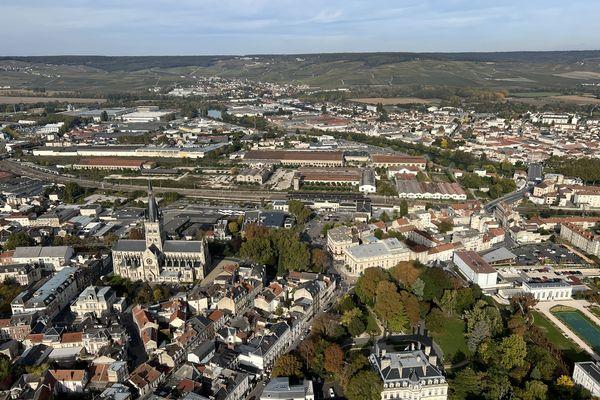 L'agglomération d'Epernay vue du ciel.