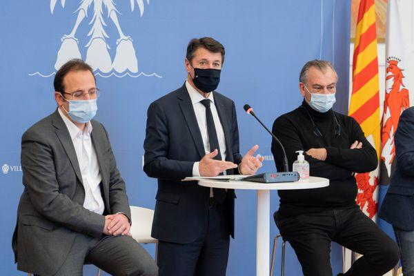 Le maire de Nice, Christian Estrosi, a présenté ses veux au monde de la culture et fixe une date.