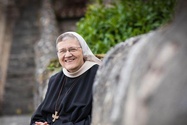 A l'Abbaye de Chantelle (Allier), la Mère Pascale a eu l'idée de mettre en place un drive pour les produits cosmétiques fabriqués par les soeurs.