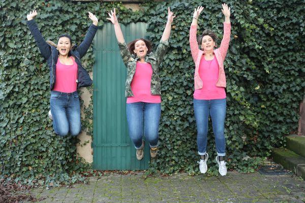Tina, Céline et Anne, portées par le combat des femmes qui luttent contre le cancer du sein. Pour participer au Rose Trip Maroc, un trek solidaire, en octobre prochain, elles comptent aussi sur le soutien de tous et ont lancé une cagnotte.