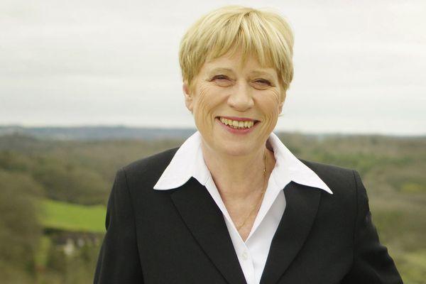 Avec 61,37 % des suffrages exprimés, Christien Guillemy se qualifie dès le premier tour à Chaumont.