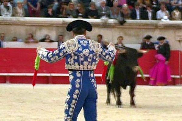 Nîmes - le torero dans l'arène - mai 2015