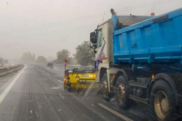 Il faudra rester prudent sur les routes dans les prochaines heures.