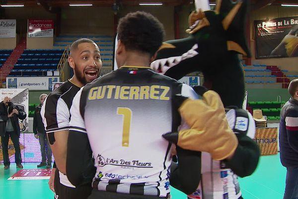 La joie de Chizoba Neves Atu après la victoire du SPVB face à Tourcoing.