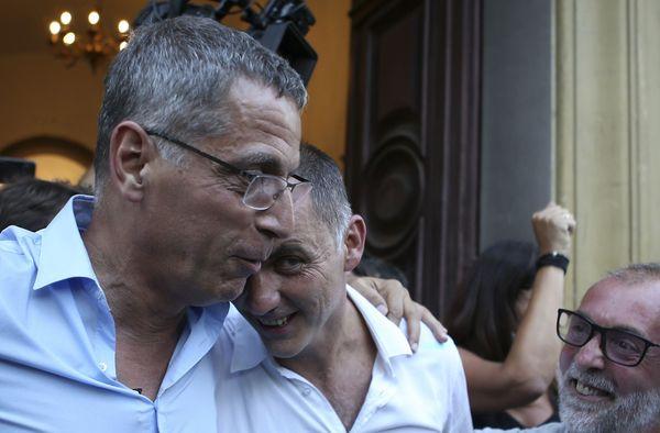 Pierre Savelli et Gilles Simeoni, le soir du 28 juin dernier, alors que les nationalistes viennent de conserver la mairie de Bastia. Et, par cette victoire, de récupérer la CAB.