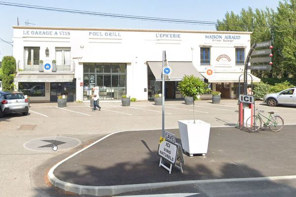 La boulangerie qui a pris feu se situe 20 boulevard de l'Atlantique au Pouliguen.