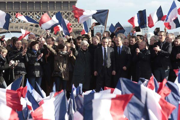 François Fillon lors du rassemblement à Paris, le dimanche 5 mars 2017