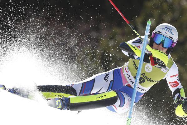 Nastasia Noens, lors d'une de ses dernières apparitions en compétition avant sa blessure : c'était le 16 mars 2019 à Soldeu en Andorre, il y a plus d'un an.