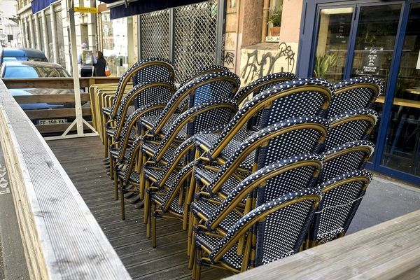 Lyon - les bistrots, cafés et restaurants fermés en raison de la pandémie de Covid-19 depuis le 14 mars vont pouvoir rouvrir à partir du 2 juin en zone verte.