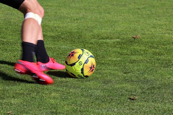 Avec la crise sanitaire, les clubs de football amateur sont en souffrance